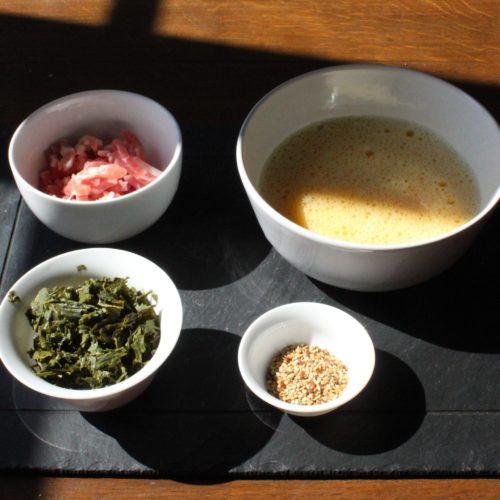 Photo DiviniThé : les ingrédients pour préparer une omelette au thé vert